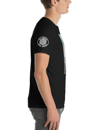 Ty-Shirt-Black-Louvre-2_Logo-T-shirt-White_mockup_Right_Mens_Black