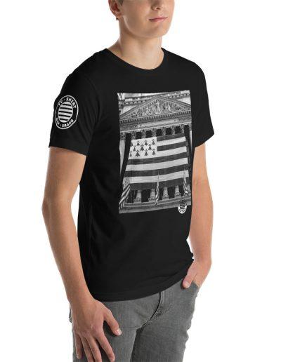 Ty-Shirt-Black-WallStreetLogo-2_Logo-T-shirt-White_mockup_Right-Front_Mens_Black